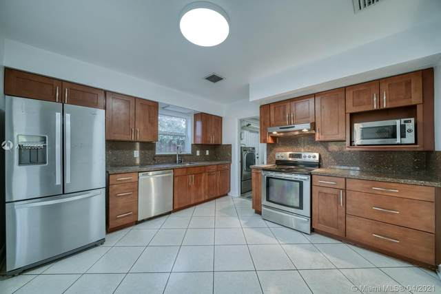 7510 SW 99th Ave, Miami, FL 33173 (MLS #A11020604) :: The Rose Harris Group
