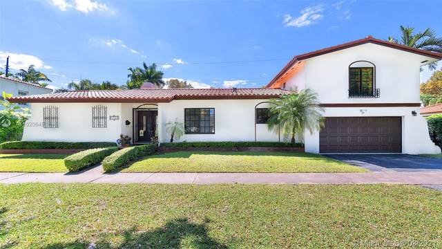 1110 Granada Blvd, Coral Gables, FL 33134 (MLS #A11020645) :: The Paiz Group