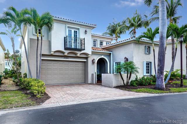 20920 NE 32nd Ave, Aventura, FL 33180 (MLS #A11020703) :: The Riley Smith Group