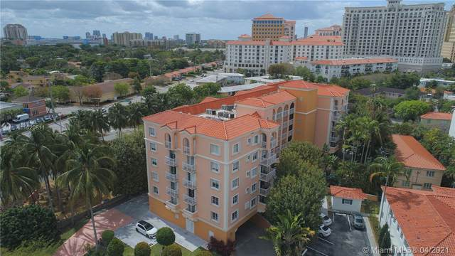 1 Alhambra Cir #205, Coral Gables, FL 33134 (MLS #A11020811) :: Podium Realty Group Inc