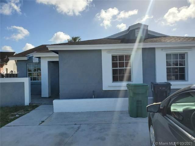 18522 SW 114th Ct, Miami, FL 33157 (MLS #A11020897) :: The Riley Smith Group