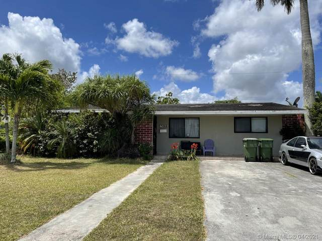1588 NW 8th Ave, Homestead, FL 33030 (MLS #A11020898) :: The Paiz Group