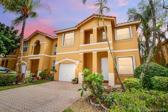 913 NW 135th Ave ., Pembroke Pines, FL 33028 (MLS #A11020984) :: Green Realty Properties