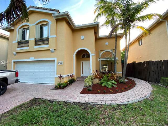 4700 NW 111th Ct, Doral, FL 33178 (MLS #A11021276) :: The Paiz Group