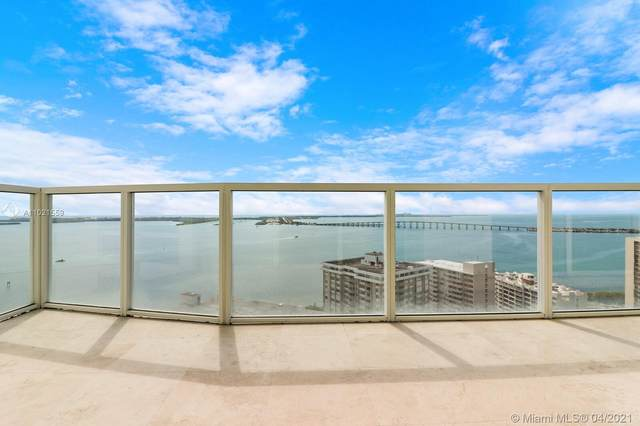 218 SE 14th St Ts105, Miami, FL 33131 (MLS #A11021559) :: The Howland Group