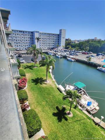1511 SE 15th Ct #403, Deerfield Beach, FL 33441 (MLS #A11021585) :: Castelli Real Estate Services