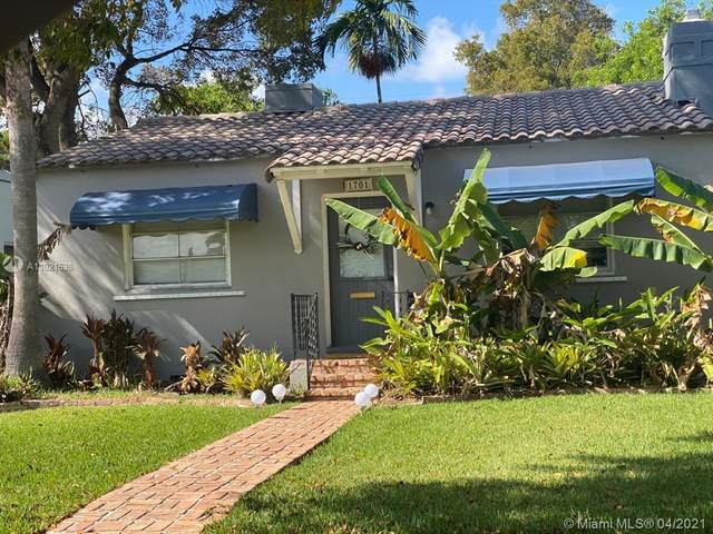 1701 Fletcher St, Hollywood, FL 33020 (MLS #A11021638) :: The Teri Arbogast Team at Keller Williams Partners SW