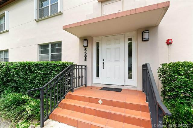 5565 SW 80th St 112D, Miami, FL 33143 (MLS #A11021653) :: The Howland Group