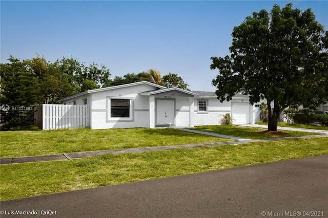 6241 NW 18th Ct, Sunrise, FL 33313 (MLS #A11021663) :: Berkshire Hathaway HomeServices EWM Realty