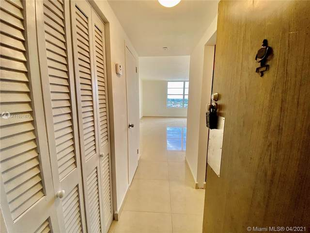 2899 Collins Ave #1148, Miami Beach, FL 33140 (MLS #A11021672) :: Castelli Real Estate Services