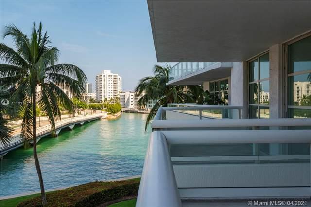10 Venetian Way #303, Miami Beach, FL 33139 (MLS #A11021841) :: The Rose Harris Group