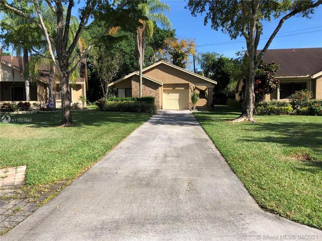 2410 Ginger Ave, Coconut Creek, FL 33063 (MLS #A11021940) :: Re/Max PowerPro Realty