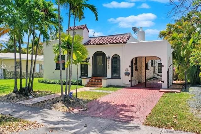 1214 Capri St, Coral Gables, FL 33134 (MLS #A11021956) :: The Paiz Group