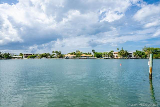 701 86th St, Miami Beach, FL 33141 (MLS #A11022217) :: The Riley Smith Group