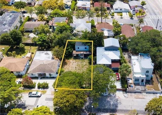 30 NE 50th St, Miami, FL 33137 (MLS #A11022400) :: The Riley Smith Group