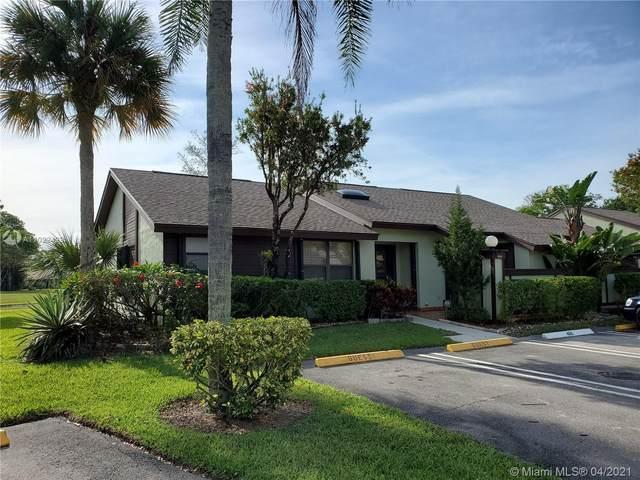 466 Long Bow Ct #466, Royal Palm Beach, FL 33411 (MLS #A11022429) :: The Teri Arbogast Team at Keller Williams Partners SW