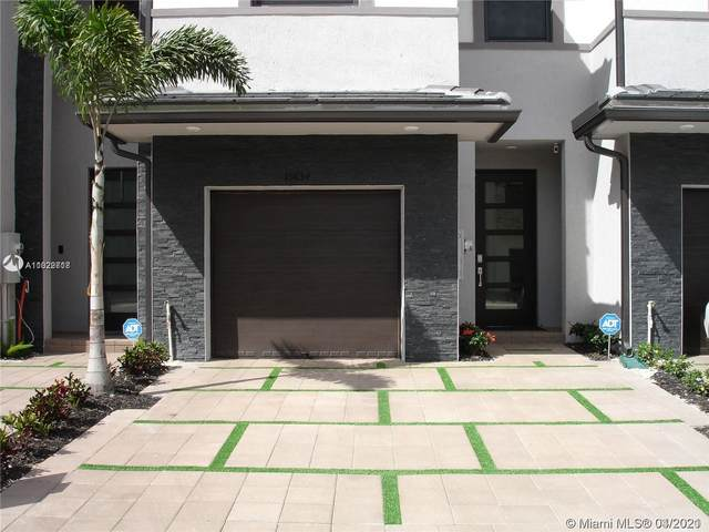 15834 NW 91st Ct #15834, Miami Lakes, FL 33018 (MLS #A11022718) :: The Jack Coden Group