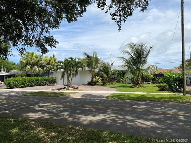 411 S 56th Ter, Hollywood, FL 33023 (MLS #A11022752) :: The Jack Coden Group