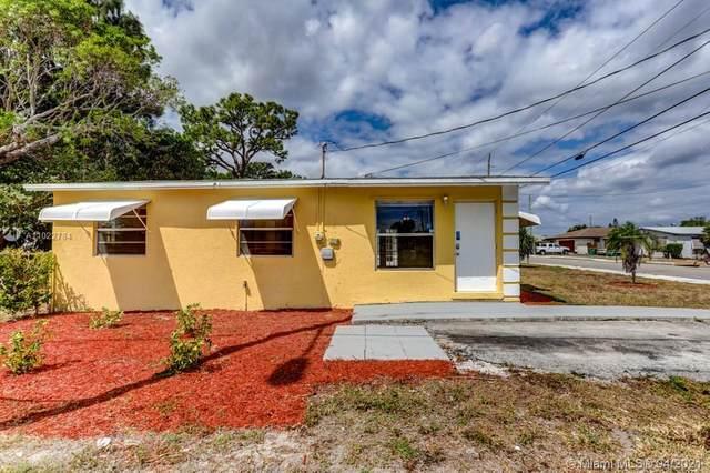 1301 W 28th Street, Riviera Beach, FL 33404 (MLS #A11022784) :: The Paiz Group