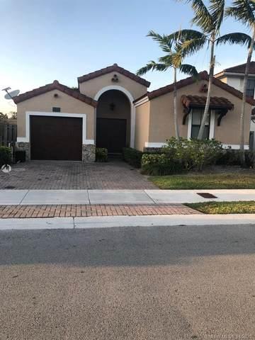 10171 NW 10th St, Miami, FL 33172 (MLS #A11022800) :: The Paiz Group