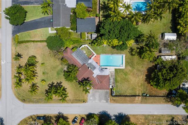 7001 SW 86th Ave, Miami, FL 33143 (MLS #A11023218) :: The Riley Smith Group
