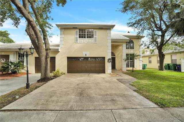 10301 Panama St, Cooper City, FL 33026 (MLS #A11023412) :: Search Broward Real Estate Team