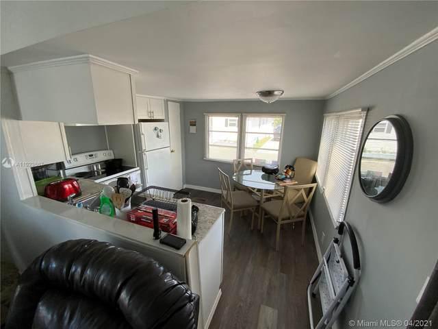 17 W Lake Drive, Pembroke Park, FL 33009 (#A11023667) :: Posh Properties