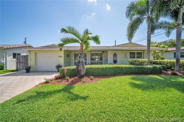 2005 N 32nd Ct, Hollywood, FL 33021 (MLS #A11023714) :: ONE Sotheby's International Realty