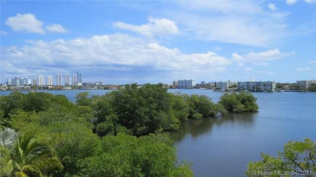 17111 Biscayne Blvd #308, North Miami Beach, FL 33160 (MLS #A11023935) :: Green Realty Properties