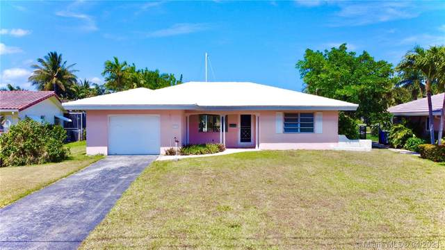 2715 NE 23rd Ct, Pompano Beach, FL 33062 (MLS #A11023964) :: Re/Max PowerPro Realty