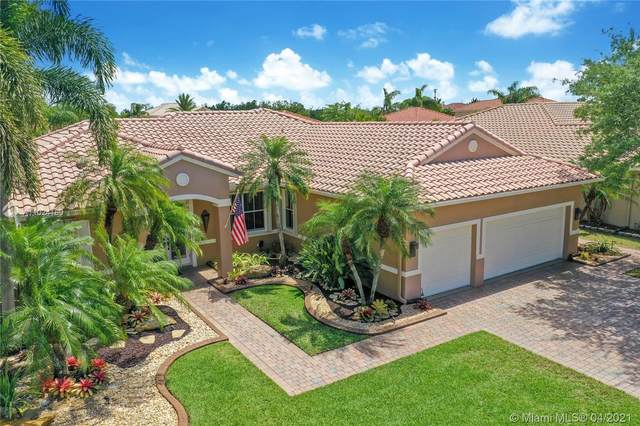 931 SW 189th Ter, Pembroke Pines, FL 33029 (MLS #A11024180) :: The Jack Coden Group