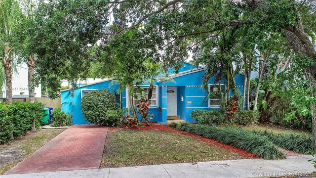 2359 SW 23rd St, Miami, FL 33145 (MLS #A11024187) :: The Rose Harris Group
