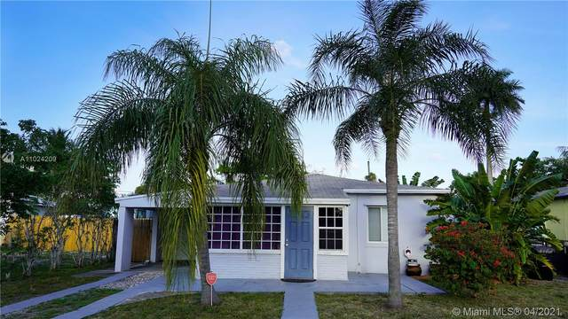 1108 NW 3rd Ave, Fort Lauderdale, FL 33311 (MLS #A11024209) :: The Jack Coden Group