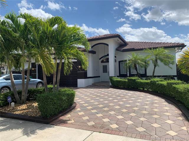 10330 SW 7th Ter, Sweetwater, FL 33174 (MLS #A11024264) :: The Riley Smith Group