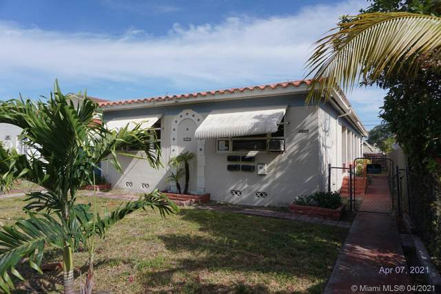 1815 Buchanan St, Hollywood, FL 33020 (MLS #A11024491) :: The Howland Group