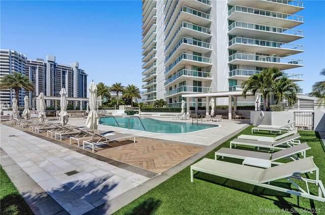 10 Venetian Way #1503, Miami Beach, FL 33139 (MLS #A11024617) :: The Rose Harris Group