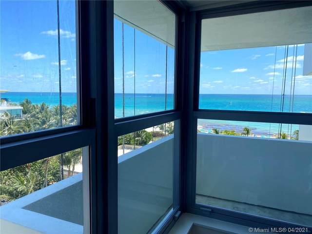 2899 Collins Ave #827, Miami Beach, FL 33140 (MLS #A11024640) :: Lucido Global