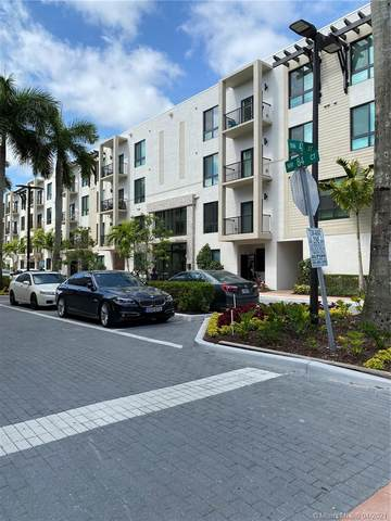 4745 NW 84th Ct #16, Doral, FL 33166 (MLS #A11024746) :: The Riley Smith Group