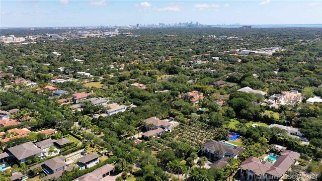 Pinecrest, FL 33156 :: Berkshire Hathaway HomeServices EWM Realty