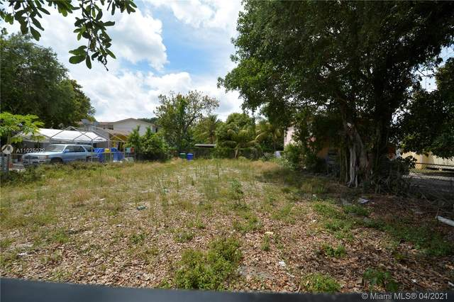 5936 N Miami Ave, Miami, FL 33127 (MLS #A11025072) :: The Howland Group