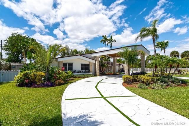 12400 SW 72nd Ave, Pinecrest, FL 33156 (MLS #A11025232) :: Albert Garcia Team