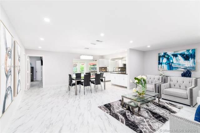 9050 NW 19th St, Pembroke Pines, FL 33024 (MLS #A11025419) :: Green Realty Properties