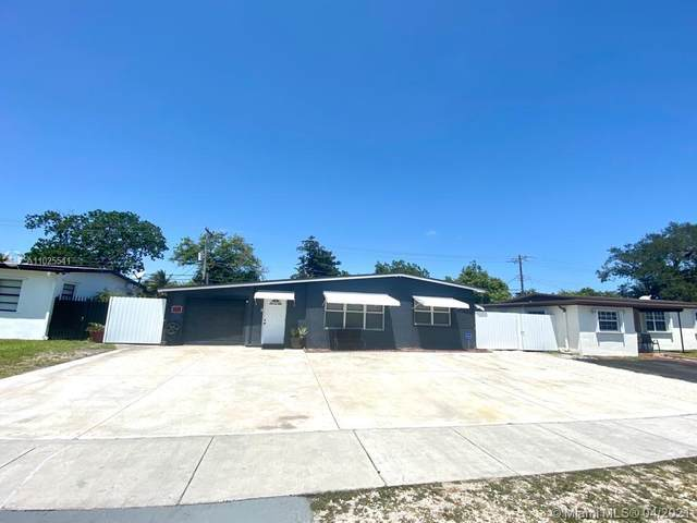 3611 SW 40th St, West Park, FL 33023 (MLS #A11025541) :: The Riley Smith Group