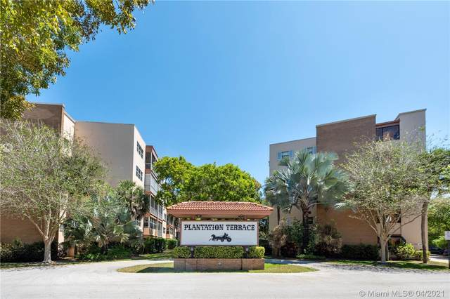 6751 Cypress Rd #302, Plantation, FL 33317 (MLS #A11025547) :: Green Realty Properties