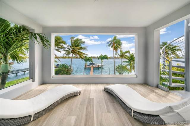1450 Stillwater Dr, Miami Beach, FL 33141 (MLS #A11025637) :: The Riley Smith Group
