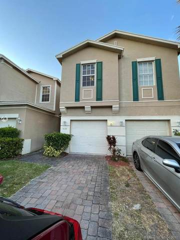 5138 White Oleander #5138, West Palm Beach, FL 33415 (MLS #A11025731) :: The Riley Smith Group