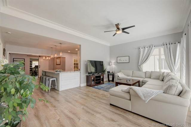 721 NE 15th Ave, Fort Lauderdale, FL 33304 (MLS #A11025938) :: The Rose Harris Group