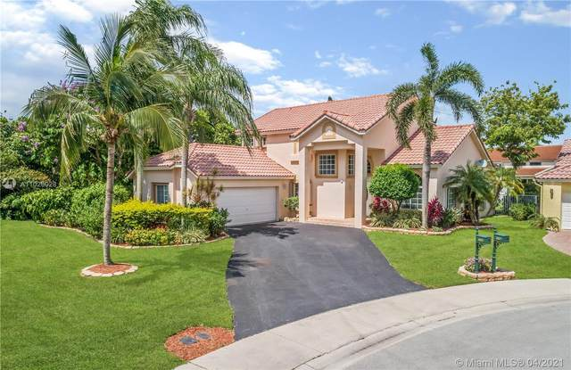 1025 Laguna Springs Dr, Weston, FL 33326 (MLS #A11026028) :: The Howland Group
