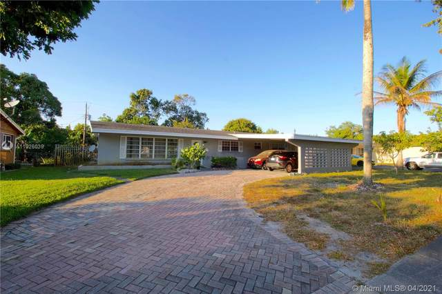 4739 NW 1st St, Plantation, FL 33317 (MLS #A11026039) :: The Teri Arbogast Team at Keller Williams Partners SW