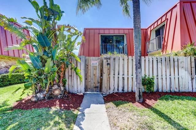 3345 Meridian Way D, Palm Beach Gardens, FL 33410 (MLS #A11026070) :: The Riley Smith Group